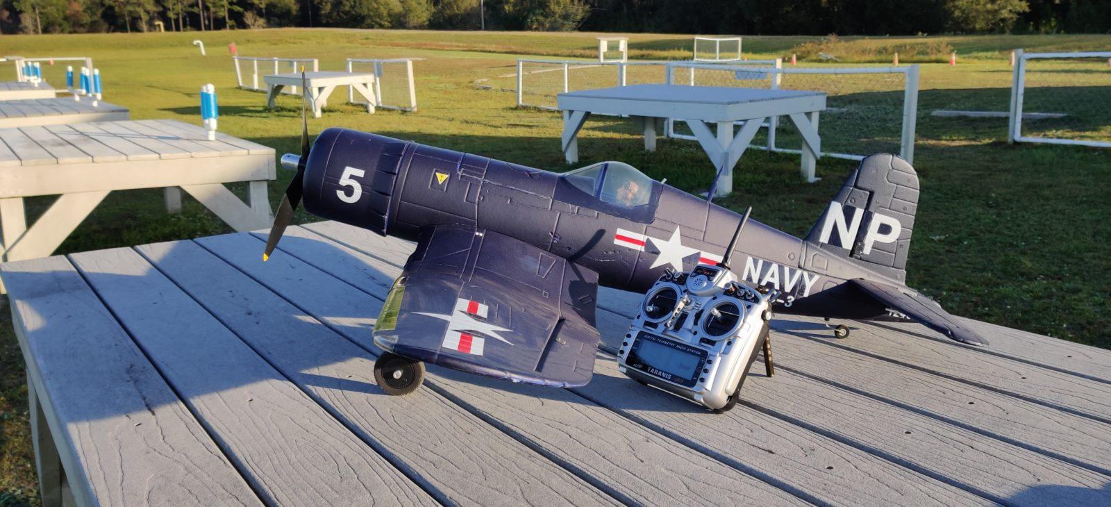 Dynam F4U Corsair